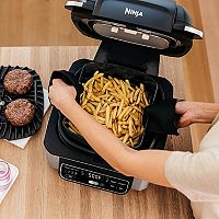 Kohls.com deals on Ninja Foodi 5-in-1 Indoor Grill w/4-Quart Air Fryer