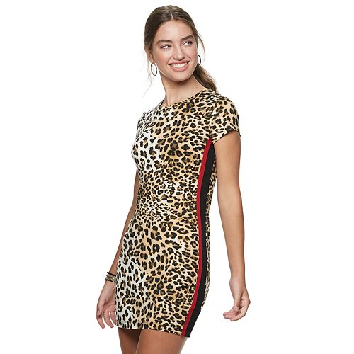 Juniors' Almost Famous Side Tape Allover Print Dress
