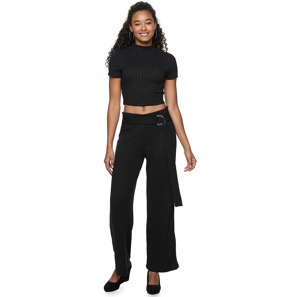 Juniors' Almost Famous 2-Piece Mock Neck Top With Pants And Belt