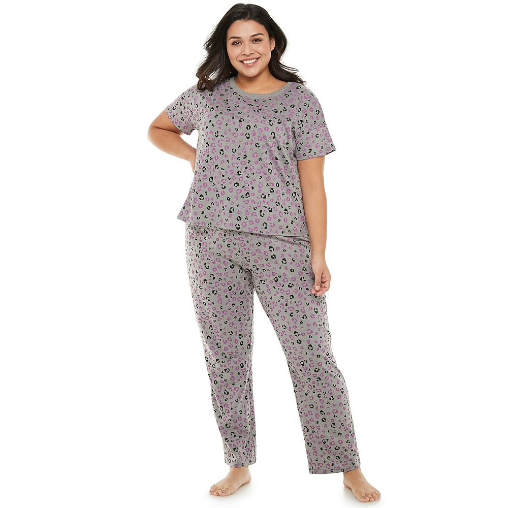 Junior's Plus Size SO® Pajama Tee & Pajama Pants Set