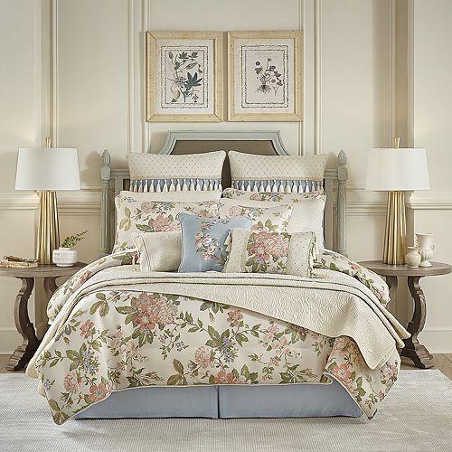 Croscill Carlotta Cal King Comforter Set
