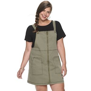Juniors\' Plus Size SO® Patch Pocket Denim Overall Dress
