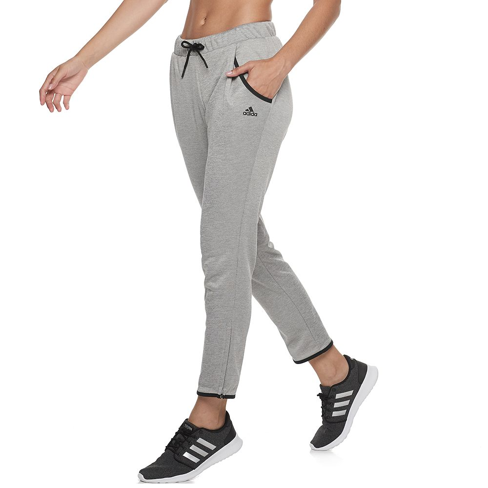 Women's adidas Team Issue Tapered Fleece Sweatpants