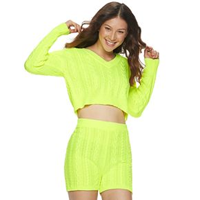 Juniors' Almost Famous V-Neck Cable Short Set