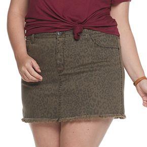Juniors' Plus Size Mudd® 5-Pocket Frayed Hem Twill Skirt