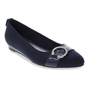 London Fog Chelsea 2 Women's Pointed Toe Flats