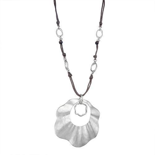 Bella Uno Wavy Disc Necklace