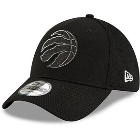 Men's New Era Black Toronto Raptors Mold 39THIRTY Flex Hat