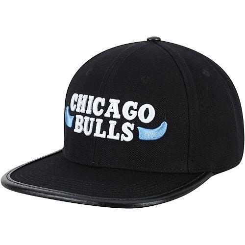Men's Pro Standard Black Chicago Bulls Hook Adjustable Hat