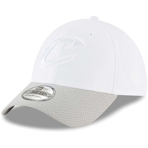 Men's New Era White Cleveland Cavaliers Tone Tech Redux 39THIRTY Flex Hat