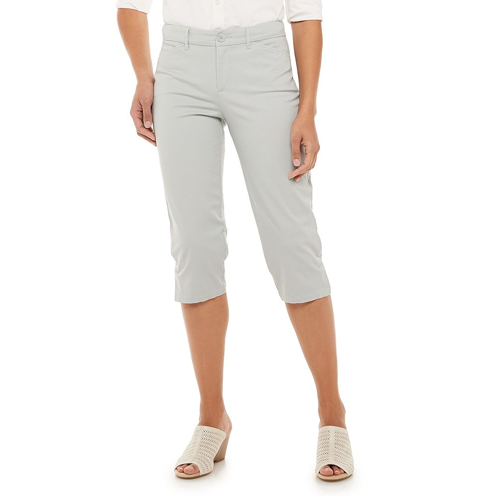 Petites' Croft & Barrow® Classic Chino Capri Pants