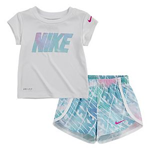 Baby Girl Nike Dri-FIT Graphic Tee & Sprinter Shorts Set