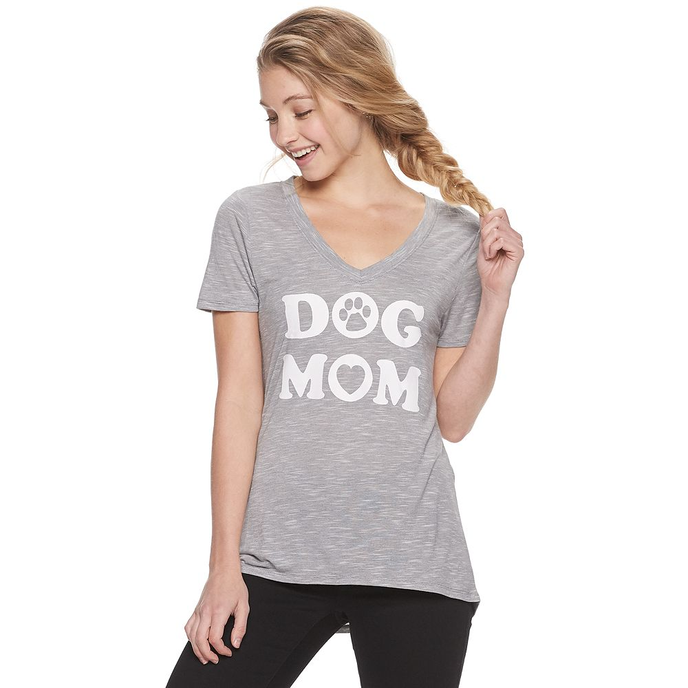 "Juniors' ""Dog Mom"" V-Neck Tee"
