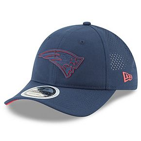 Youth New Era Navy New England Patriots 2018 Training Camp Primary 9TWENTY Adjustable Hat