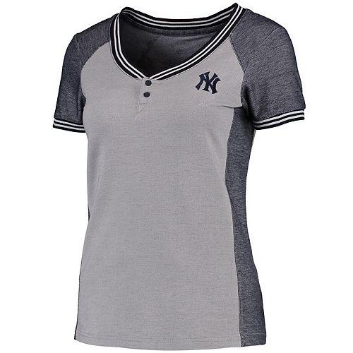 Women's Antigua Gray/Navy New York Yankees Quick Henley T-Shirt