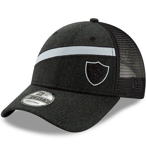 Men's New Era Heathered Black Oakland Raiders Black Label Scale Trucker 9FORTY Snapback Adjustable Hat