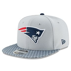 Men's New Era Silver New England Patriots 2017 Sideline Official 9FIFTY Snapback Hat