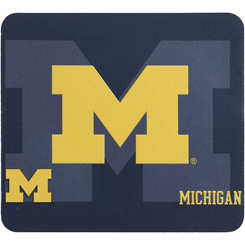 Michigan Wolverines 3D Mouse Pad