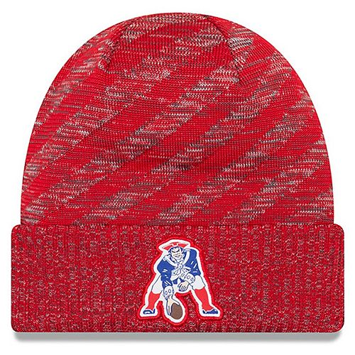 Men's New Era Red New England Patriots 2018 NFL Sideline Cold Weather Official Historic TD Knit Hat