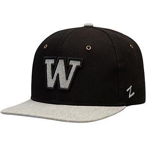 Zephyr Mens Boss Snapback Hat Adjustable Black//Grey