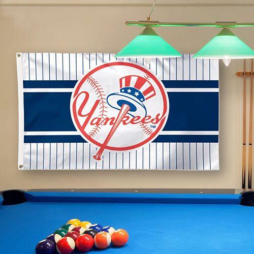 WinCraft New York Yankees Team Logo 3' x 5' Deluxe Flag