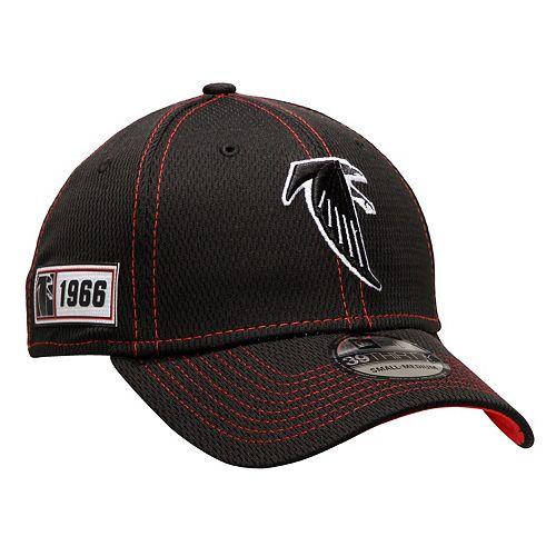 Men's New Era Black Atlanta Falcons 2019 NFL Sideline Road Official Historic Logo 39THIRTY Flex Hat
