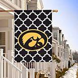 """Iowa Hawkeyes Double-Sided 28"""" x 40"""" Quatrefoil Fashion House Flag"""