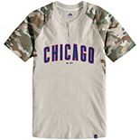 Youth Majestic Cream/Camo Chicago Cubs Base Stealer Henley T-Shirt