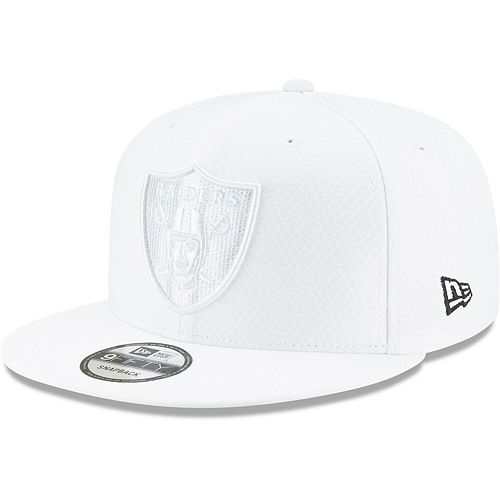Men's New Era White Oakland Raiders 2019 NFL Sideline Platinum 9FIFTY Snapback Adjustable Hat