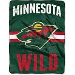 "The Northwest Company Minnesota Wild 60"" x 80"" Raschel Throw Blanket"