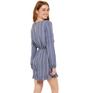 Juniors' SO® Long Sleeve Tie-Front Romper