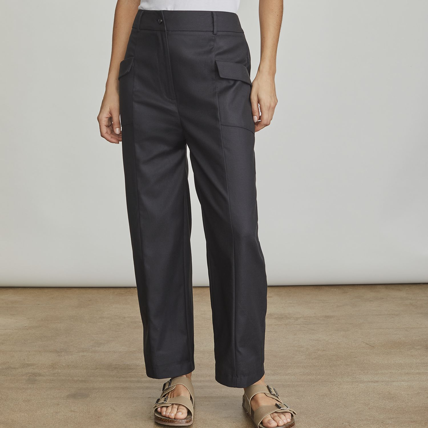 Women's Elizabeth and James Cropped Twill Pants