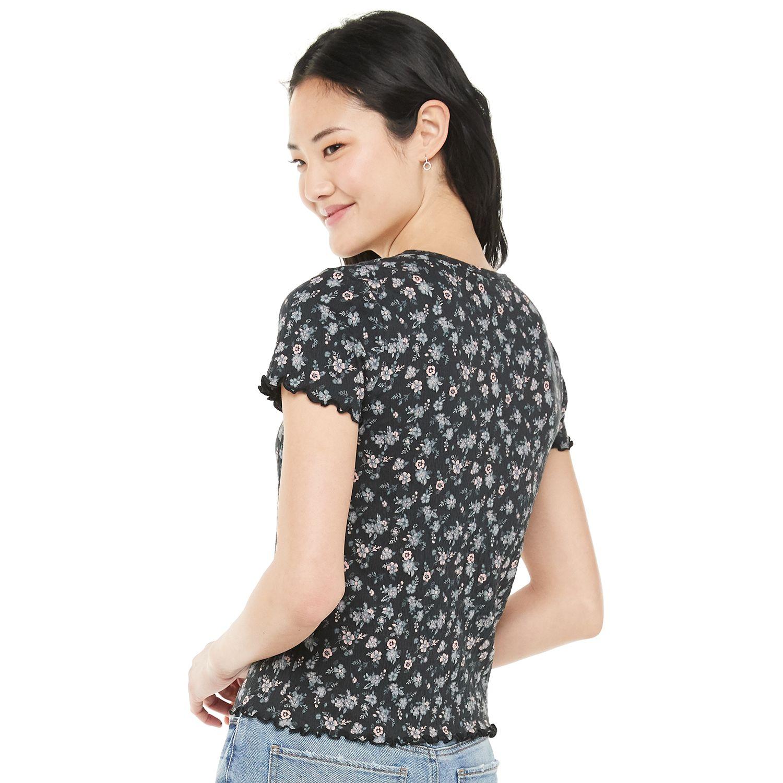 Juniors' SO® Short Sleeve Pucker Knit Tee
