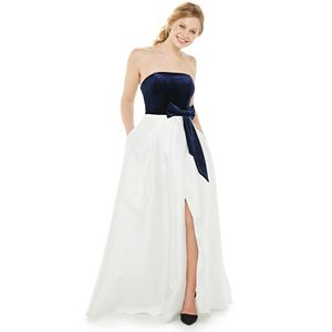 Juniors' Speechless Strapless Front Bow Maxi Dress