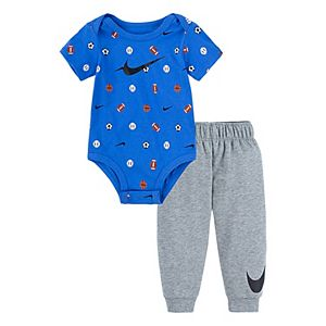 Baby Boy Nike 2 Piece Sports Logo Bodysuit & Pants Set