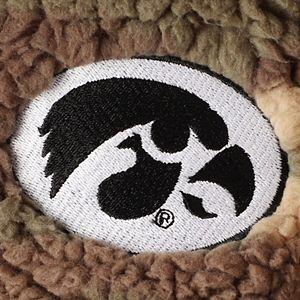 Women's Camo Iowa Hawkeyes OHT Military Appreciation Sherpa Quarter-Zip Pullover Jacket