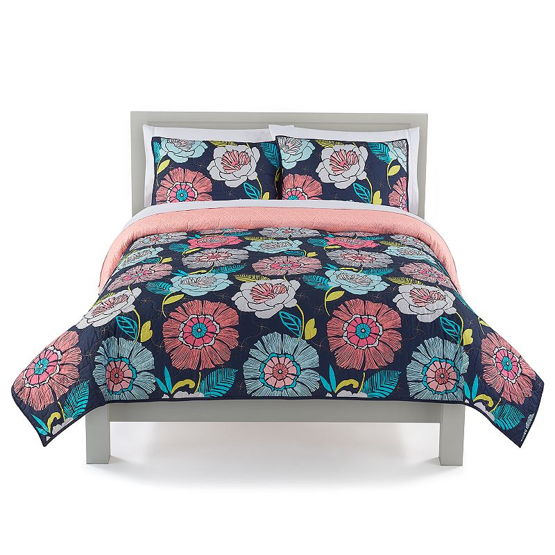 The Big One Reversible Floral Quilt and Sham Set. Multicolor. Full/Queen