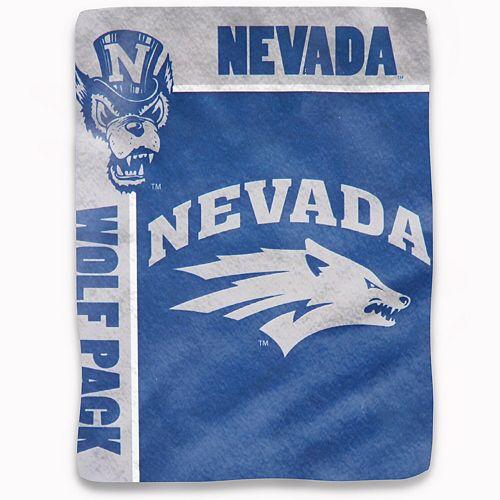 "The Northwest Company Nevada Wolf Pack 50"" x 60"" Sherpa Plush Blanket"