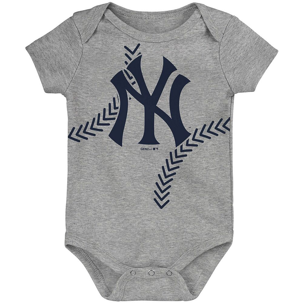 Newborn & Infant Heathered Gray New York Yankees Running Home Bodysuit