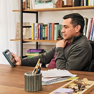 Amazon Fire HD 8 Tablet - 32 GB