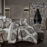 37 West Devon Silver Comforter Set