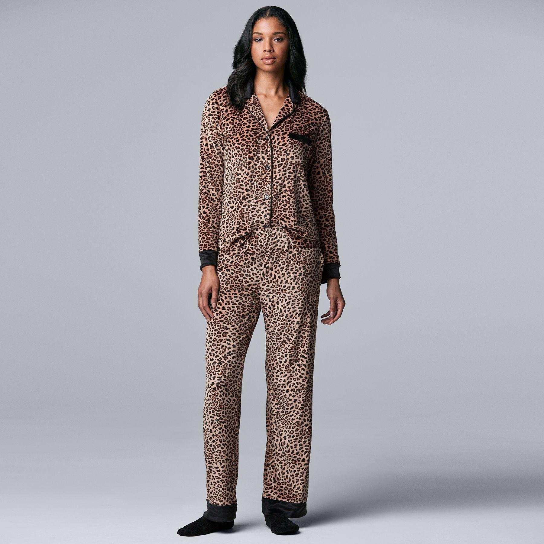 Women's Simply Vera Vera Wang Velour Pajama Shirt, Pajama Pants & Socks Set
