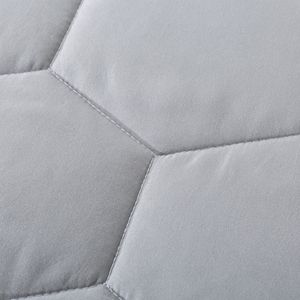 Dream On Honeycomb Down-Alternative Blanket