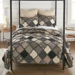 Donna Sharp Lexington Quilt Set with Shams
