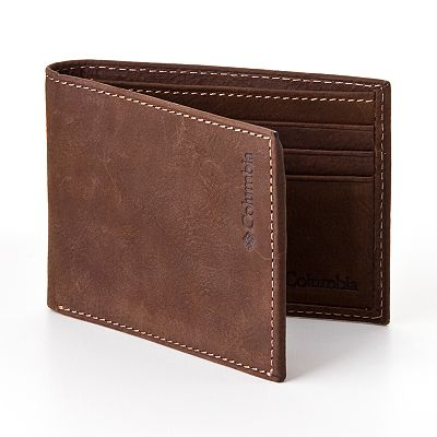 Columbia Sportswear Company Leather Traveler Wallet