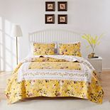 Barefoot Bungalow Finley Quilt Set with Shams