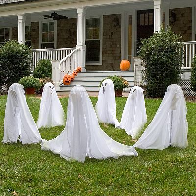 Ghostly Group Lawn Set