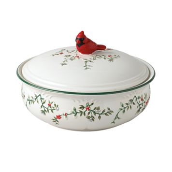 Pfaltzgraff Winterberry Covered Serving Bowl