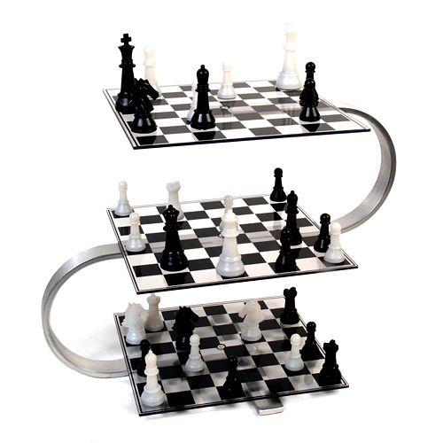 Strato-Chess Game