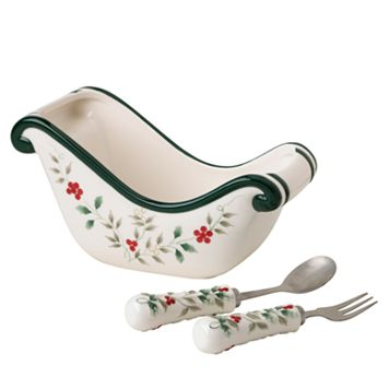 Pfaltzgraff Winterberry Sled Dish